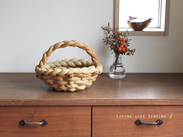 久しぶりの手ごねパン * 飾りパンのバスケット
